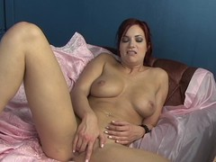 Hawt Jayden Cole can't live without tormenting her soaked wet twat