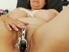 Plump milf brunette acquires a gyno