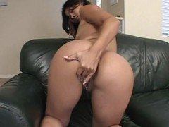 Milky assed honey 3some fuck and creampie