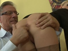 Elegant bare ass comme ‡a Jessie Volt in stockings and short skirt gets their way asshole give the impression fucked by nonconforming experienced man. He spreads their way buttocks before filling their way hole with finger.