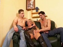 Hawt granny receives drilled