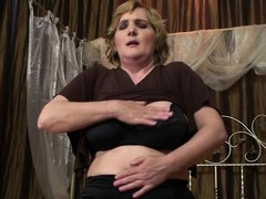 Hawt Melinde can't live out of fisting mature Marya
