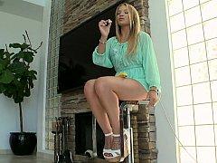 Eighteen yo nice-looking teaser Alyssa Branch
