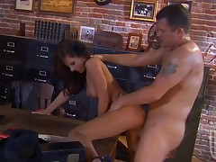 One very pulchritudinous hottie seduces stylish fellow to fuck nicely