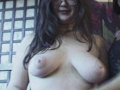 Overweight hotty engulfing and her ally watches