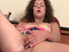 Shaggy whisker sweetie-pie turns on the brush pink muff