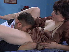 Experienced mother i'd like to fuck takes fun from hot petting of a stud previous to hard fuck